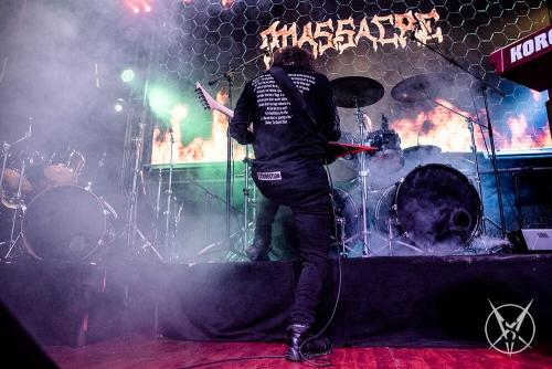 MASSAKRE